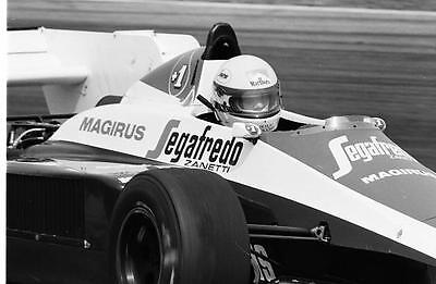 photo 20 par 30 cm Ayrton SENNA toleman  F1 1984 hollande