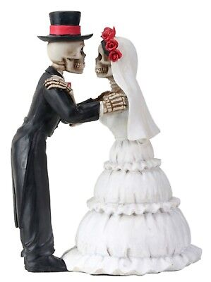 """Love Never Dies - Wedding Couple The Kiss Figurine   - New 5.25"""" Free Shipping"""