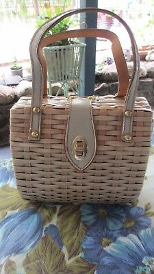 Vintage 50s 60s WOVEN  cane ,wicker.Handbag Chic Rockabilly made in Hong Kong