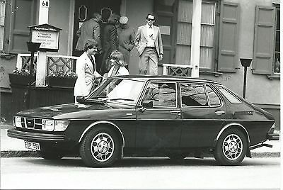 Saab 99 GLE 1976 Original Press Photograph Side View Excellent Condition