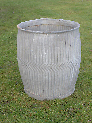 Dolly/Peggy Tub-  Vintage Orig British not Repro . Zigzag Pattern With Spout.