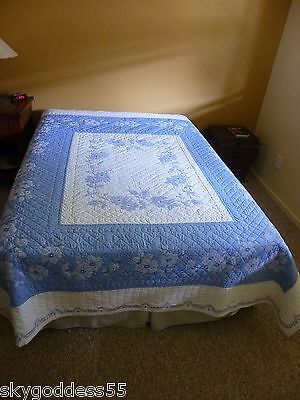 "Antique Vintage Wedge Wood Blue & White Floral Hand Sewn Quilt 1940's 78"" X 88"""