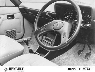 1983 Renault 18 GTX Front Interior ORIGINAL Factory Photo oua2282