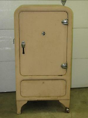 Antique 1930s Grunow Refrigerator - converted to a safe.