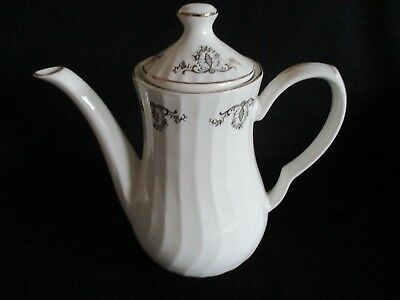 White and gold Coffee pot lovely condition holds 6-7 cups swirl design