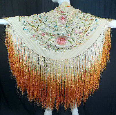 Vintage Pastel Embroidered Yellow Silk Ombre Fringe Round Flapper Piano Shawl