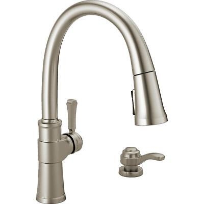 >>Delta Spargo Pull-Down Sprayer Kitchen Faucet w/Soap Dispenser, ​SpotShield SS