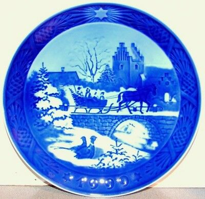 ROYAL COPENHAGEN 1999 Christmas Plate - The Sleigh Ride -- Excellent Condition