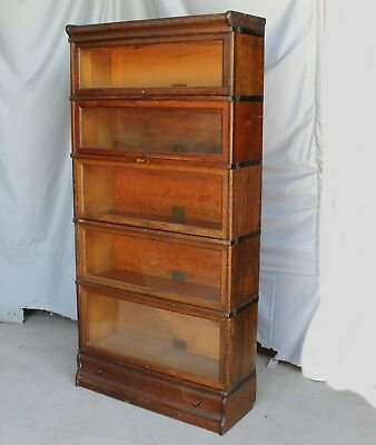 Antique Oak Bookcase – Globe Wernicke 5 sections with drawer in base - 1 of 2