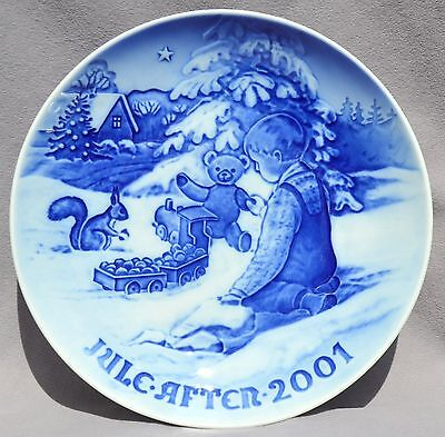 BING & GRONDAHL 2001 Christmas Plate B&G Boy with Teddy Bear