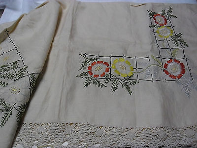 Vintage Linen  Embroidery Tablecloth To Complete With Edging - Floral Design