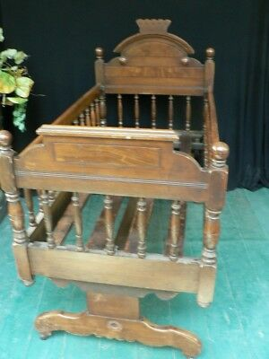 Fine Antique Walnut Rocking Baby Crib Bed Carved Victorian Estate Item Rare