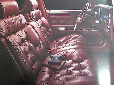 1989 Chrysler New Yorker Landau/New Yorker Sales Brochure C5328
