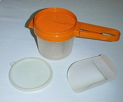 Tupperware SIFT-IT Sugar & Flour NEW Sifter #1689 & NEW Bowl #1493, Seal & Scoop