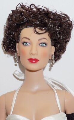 AVA GARDNER ~ Tinsel Town ~ 2009 TONNER COLLECTORS CONVENTION EXC. ~ LE 250