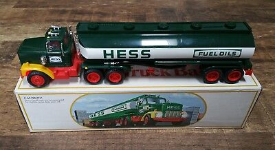 Vintage 1984 Hess Tanker Truck With Original Box And Inserts