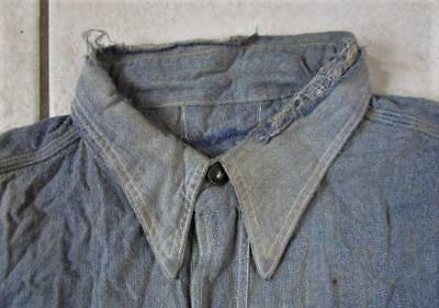VINTAGE DESTROYED 1930's - 40's CHAMBRAY FARM WORK WORKWEAR SHIRT