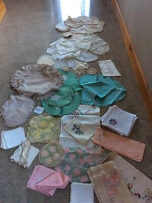 Job Lot Vintage Edwardian Lace Crochet Linen Napkins Table Mats Doilies 129 Pcs