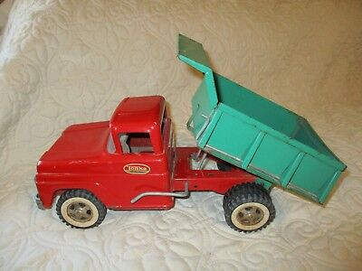 Vintage 1960s TONKA DUMP TRUCK Red & Green PAT PEND