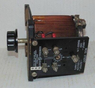 GE 9T92Y7 120 Volt 7.5A Volt- Pac Variable Transformer Variac