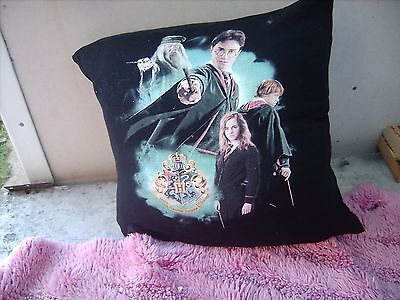 Harry Potter       Cushion 16 Inch/ 40 Cm