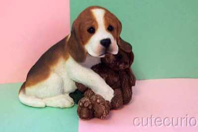 LivingStone's BEAGLE PUPPY with a RABBIT TOY # 02023 large figurine