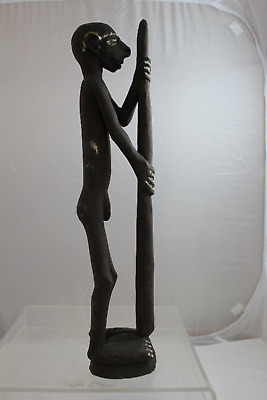 Vintage Hand Carved Wooden Figurative Male Papua New Guinea Sculpture (350)