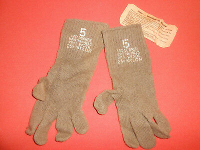 US ARMY: from KOREAN WAR GLOVES WITH TAG never used - brown