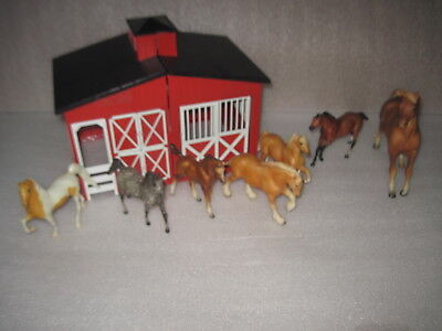 LOT  7 Breyer BMC Horse Pony Lot with Stable Barn Horses