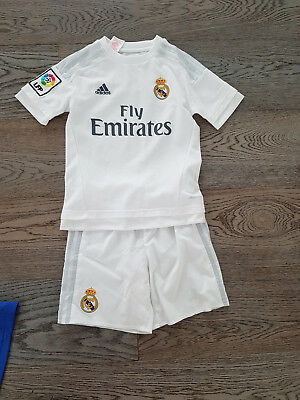 Real Madrid Trikot mit Hose Gr. 140 top Zustand