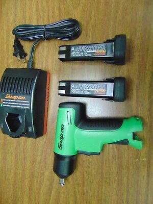 New Green Snap On Tools 3/8 cordless impact CT596 Charger 2 Nicad 9.6 Batteries