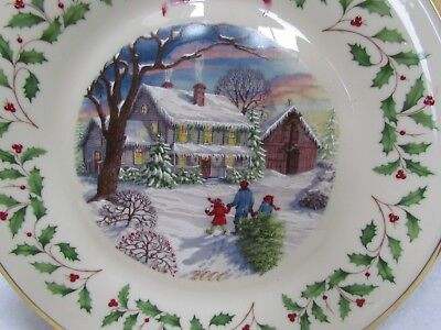 2000 Lenox Annual Holiday Collector Plate:  Bring Home Christmas 10th in Series