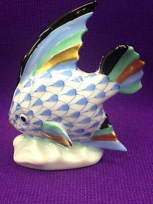 Herend BLUE Fishnet Angel Fish # 5295 Mint-