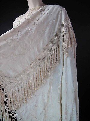 Antique Embroidered White On White Silk Canton Wedding Shawl excellent Condition