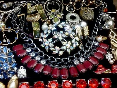 Large Lot Of Vintage~Now Rhinestone, Crystal.. Jewelry For Repair, Parts (E338)