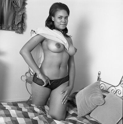 1960s Ron Vogel Negative, busty nude black pin-up girl Minnie Lee, t992430