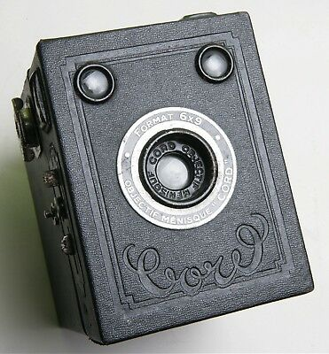 Attractive French Objectif Ménisque 'cord' Box Camera