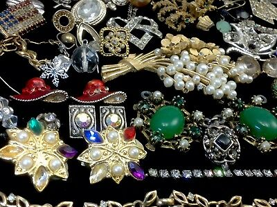 Large Lot Of Vintage~Now Rhinestone, Crystal.. Jewelry For Repair, Parts (E324)