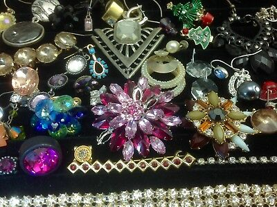 Large Lot Of Vintage~Now Rhinestone, Crystal.. Jewelry For Repair, Parts (E318)