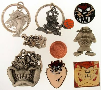 8 Pc Set Taz Tasmanian Devil Keychain Pin Patch Warner Bros Looney Tunes Lot L47