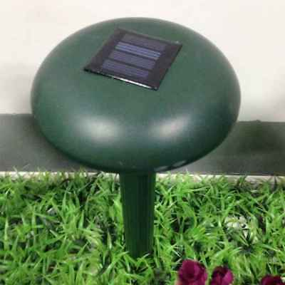 Ultrasonic Waves Solar Powered Pest Rodent Mouse Repeller Lawn Farm Garden Pest