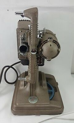 Vintage REVERE Model 85 8mm MOVIE PROJECTOR Portable Case TESTED WORKING