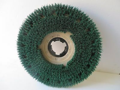 "20"" buffer Scrub grit brush, Best scrubbing brush yet. 813018 & NP9200 installed"
