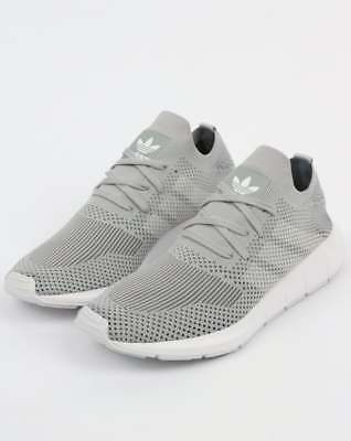 ADIDAS SWIFT RUN Primeknit Trainers in Grey & White