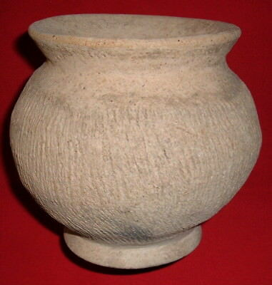 Post Neolithic Pot From NW Africa, Est. 800-1,200 Years, Collectible Pottery