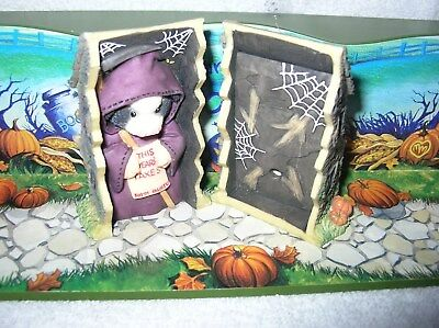 Mary's Moo Moos, Cow in Haunted House Box with IC Chip Eeries Sound B/N/I/B.