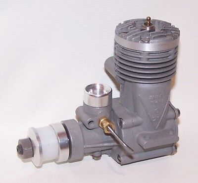 Early New (Made In Italy) Super Tigre G-21 .29 C/L-F/F Model Airplane Engine