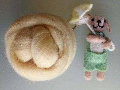 Pale Yellow* 100% Merino Wool Roving Tops for Felting 50g
