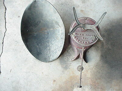 Vintage Antique Howe Scale Co. Cast Iron Store Scale Rutland Vt. Usa, As Found