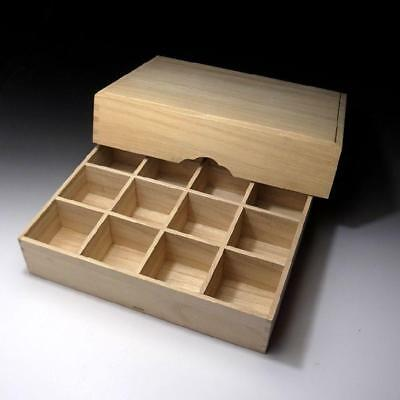 PB7: Japanese Wooden Storage box for Netsuke or Small things collection